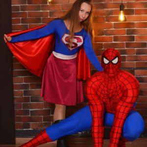 Человек паук и Супер Девушка